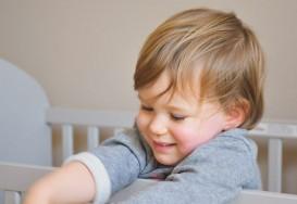 Cum știi care este temperatura potrivită pentru camera copilului tău?